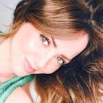 Andrea Legarreta impacta a fans con una sexy foto en mini short