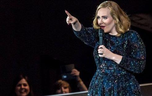 Adele regaña a fan