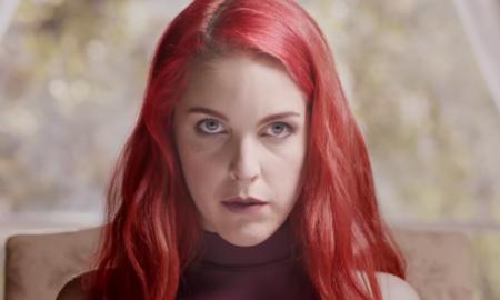 vídeo que protagoniza una actriz porno