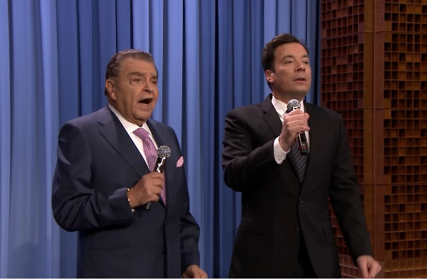 Jimmy Fallon y Don Francisco en dueto musical