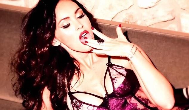 Difunden candentes imágenes de Megan Fox usando atrevida lencería ... 8b3ca51fb1a3