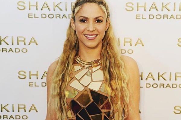 Shakira logra que 'El dorado' sea número uno en 34 países