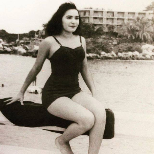 Carmen Salinas comparte foto en traje de baño