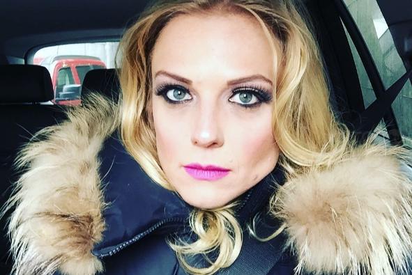 Ana Layevska comparte en redes que está esperando un hijo
