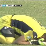 Arquero muere después de un fuerte choque con su compañero de equipo