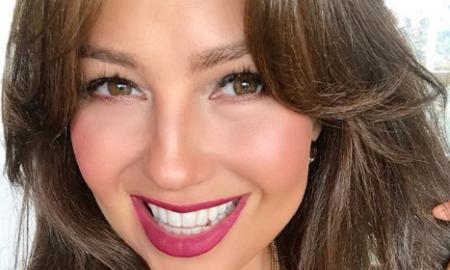 selfie al 'natural' de Thalía
