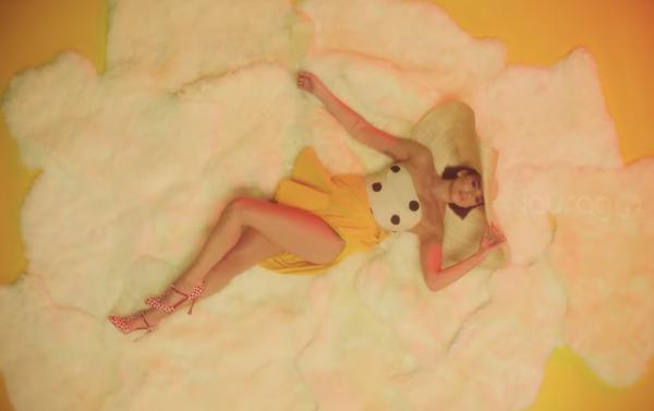 Calvin Harris y Dua Lipa estrenan videoclip de One Kiss