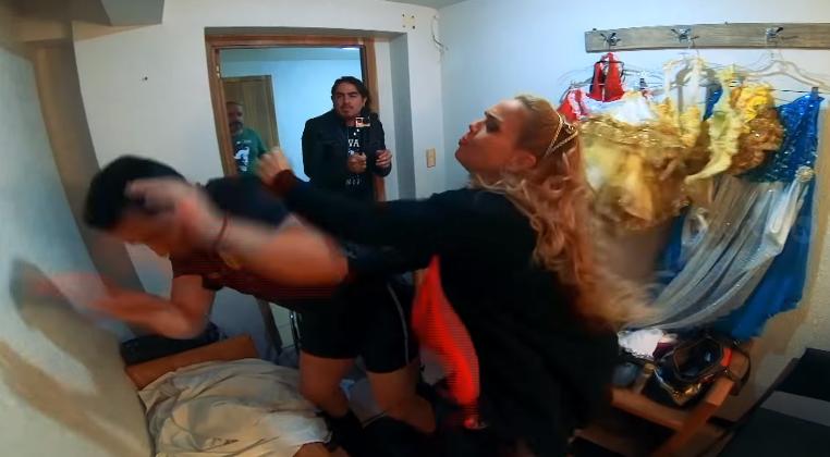 Niurka golpea a el Rey Grupero y Polidraco por pesada broma