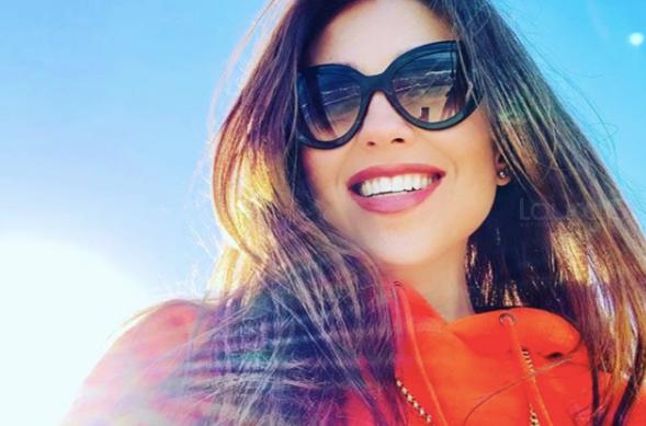 Thalía sorprende a sus seguidores con foto en traje de baño