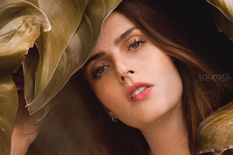 Actriz De 64 Años Posa Completamente Desnuda Laura G