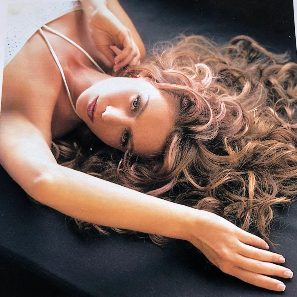 Anette Michel Descuidos anette michel comparte sexy foto en bikini – laura g